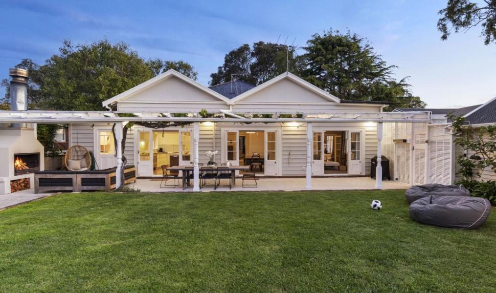 【ニュージーランド】息を呑むような美しい敷地にたたずむロマンチックな空間